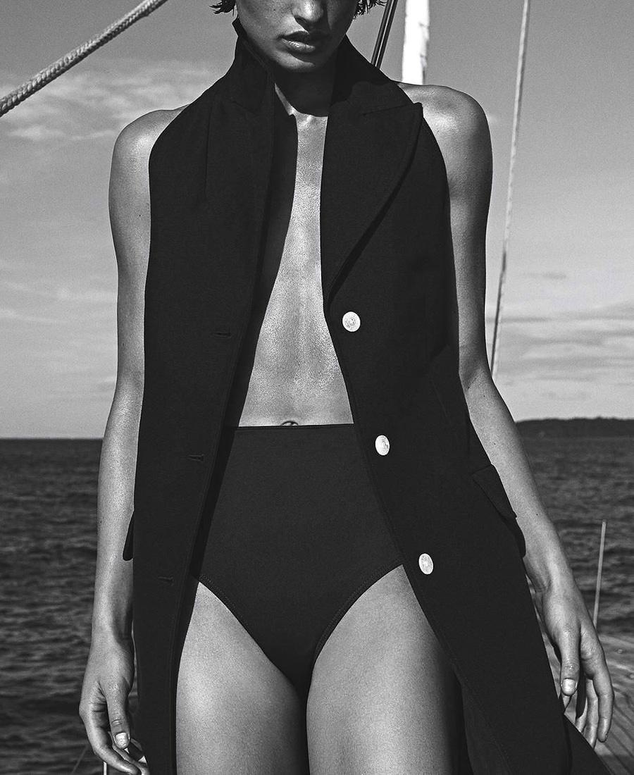 Vogue-Australia-December-2017-Julia-Van-Os-Sebastian-Kim-5.jpg